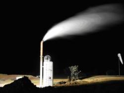 geodynamics - Flow from steam separator Innamincka April 2005